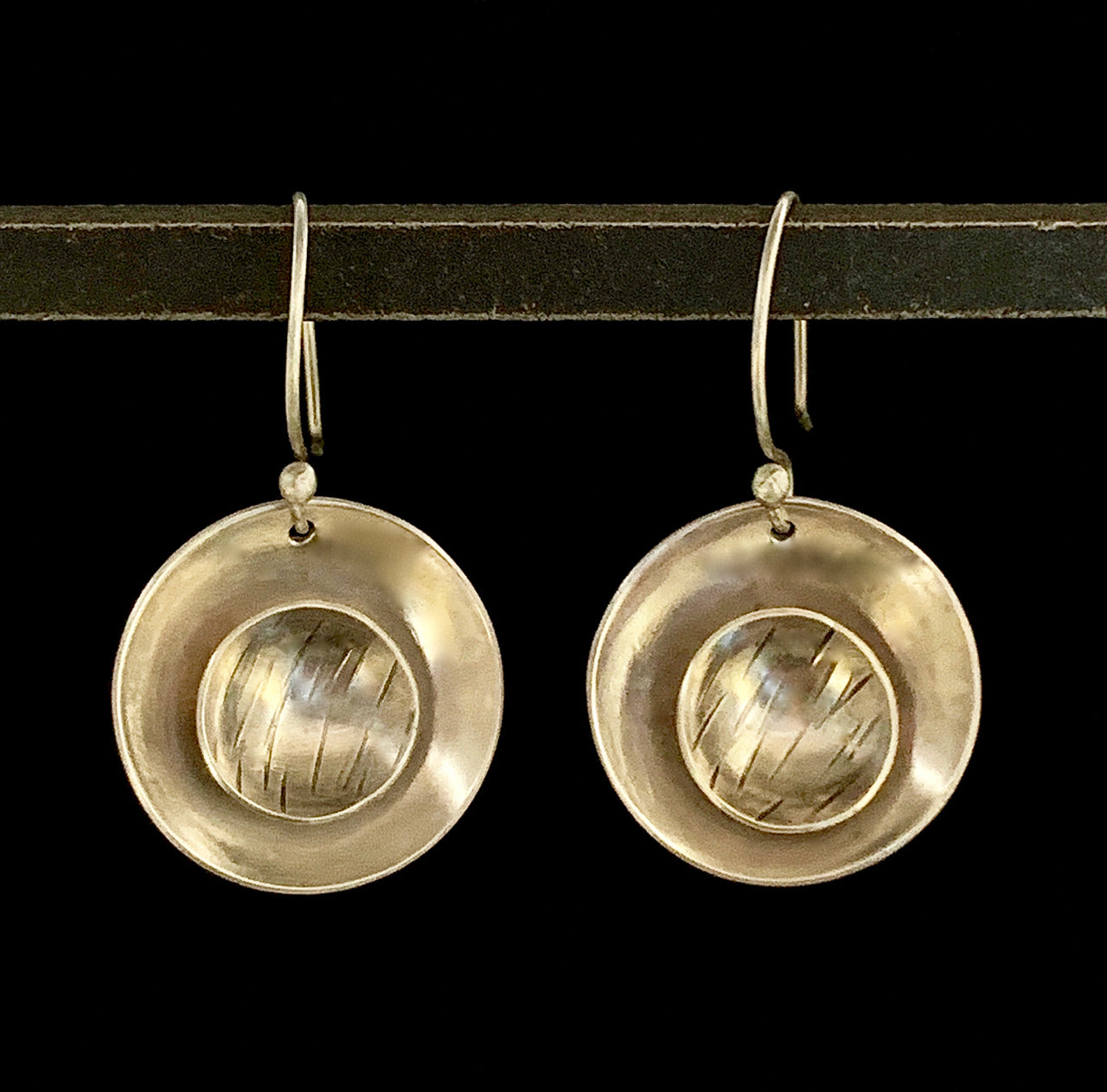 Be Centered - Saucers Earrings