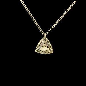 Woven Thread Triangle Pendant & Pearl Necklace