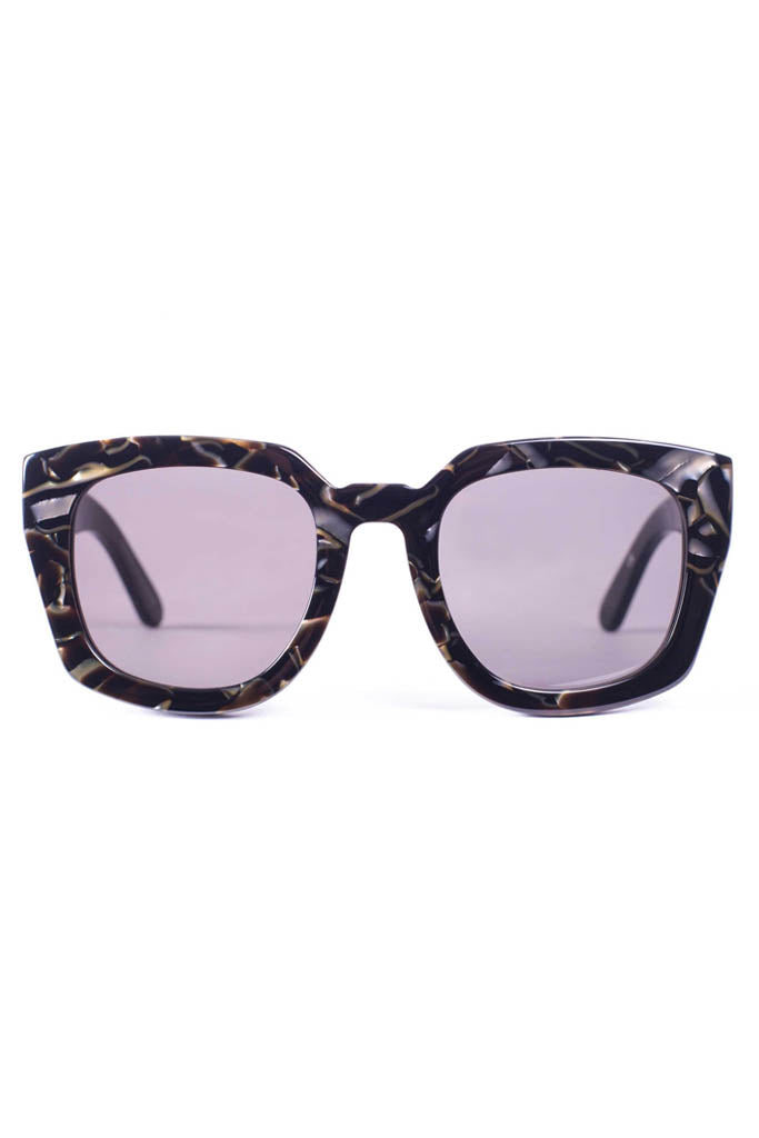Orbis // Electric Pearl Tortoise Black Lens