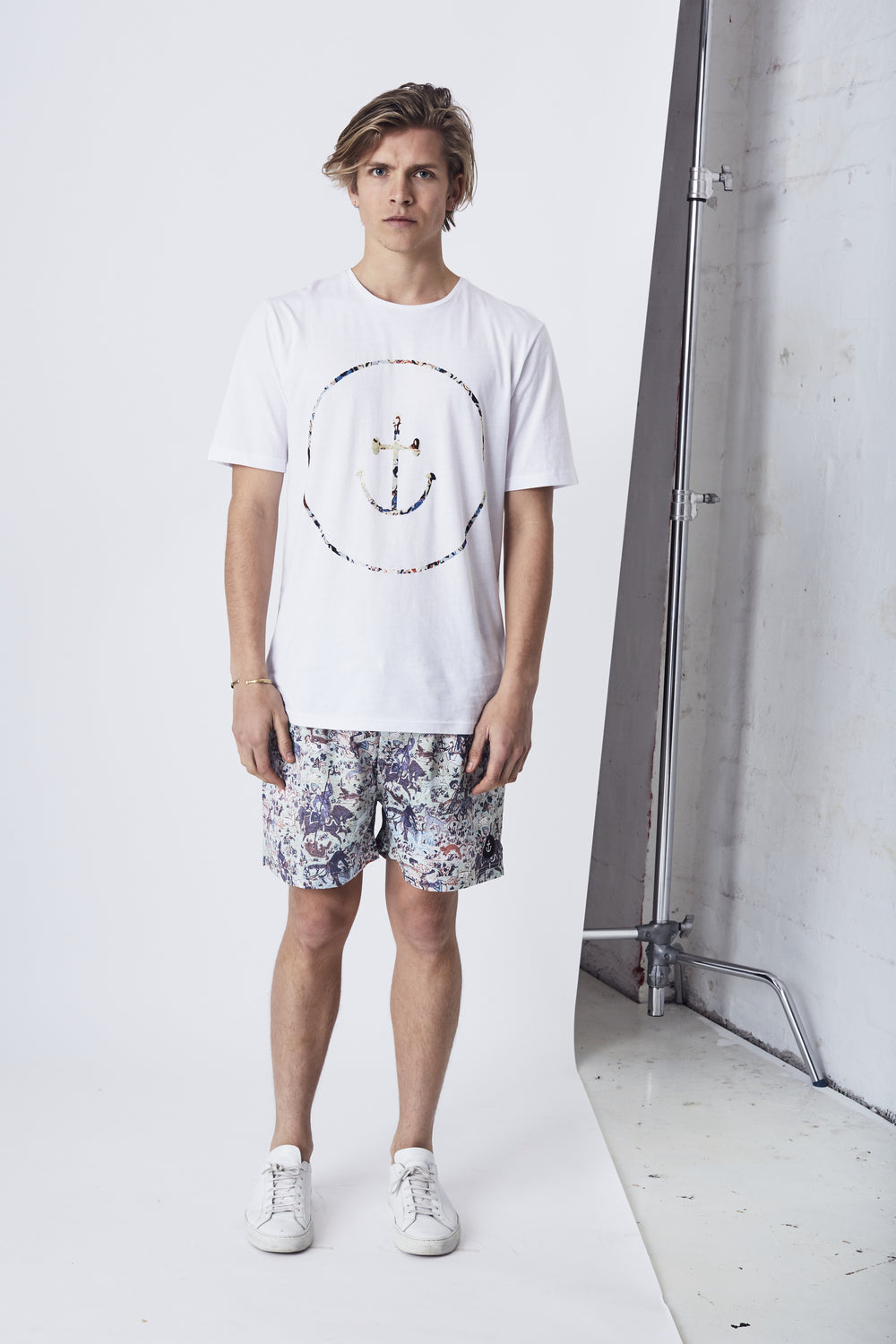 Persian Smiley Face Tee // White