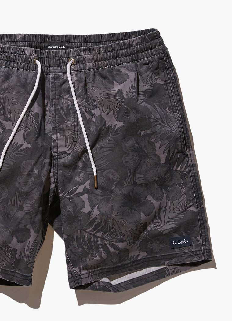 Amphibious Short 17 // Black Floral