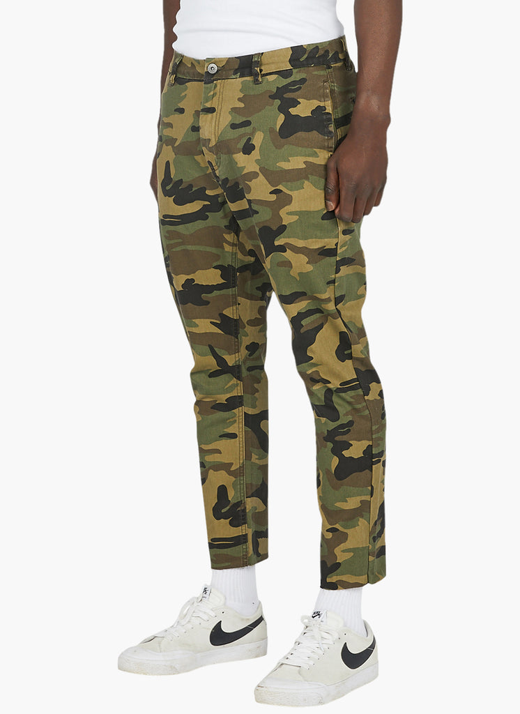 B.Relaxed Chino // Army Camo (Crop)
