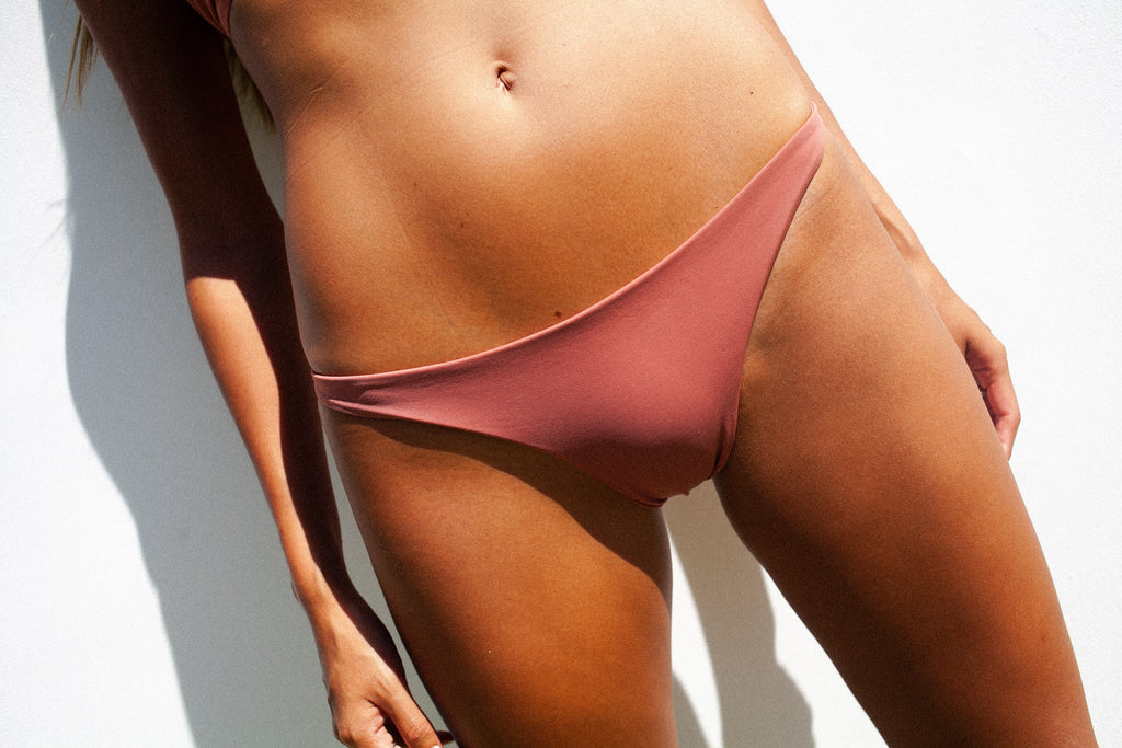 Thong Bottom /. Dusty Rose