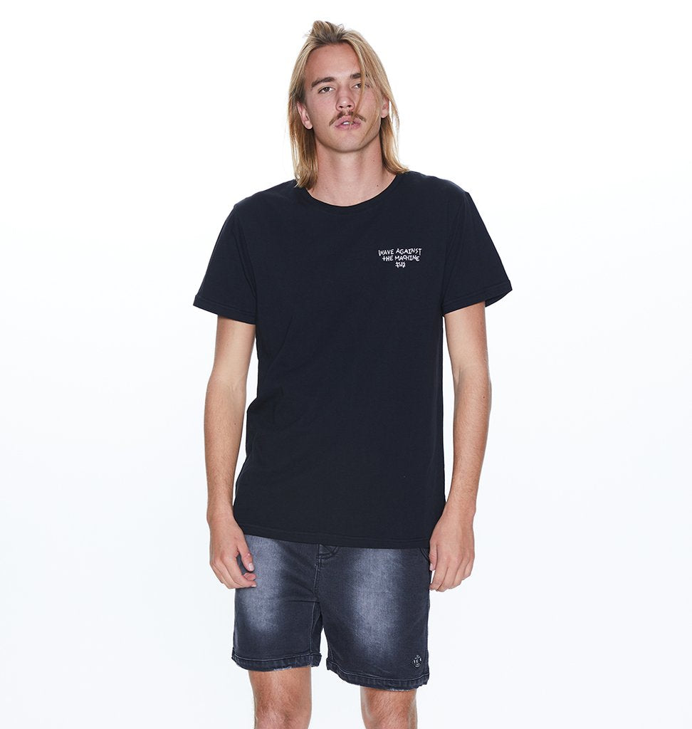 Wave Against Tee // Black