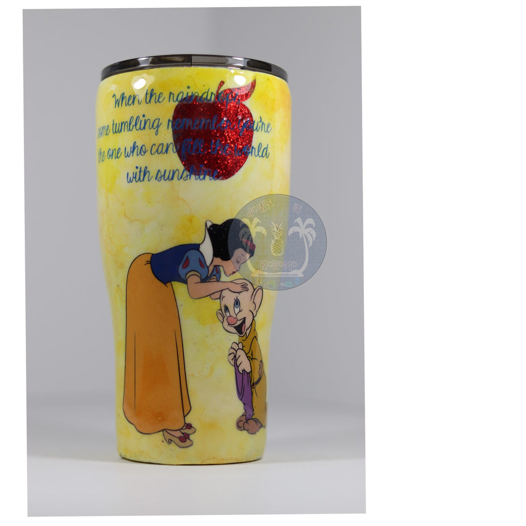 snow white kissing dopey tumbler birds and apples