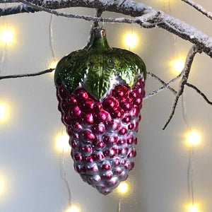 Vintage Red Grape Decoration