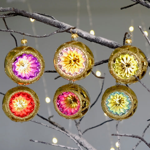Vintage Multicoloured Decorations Set