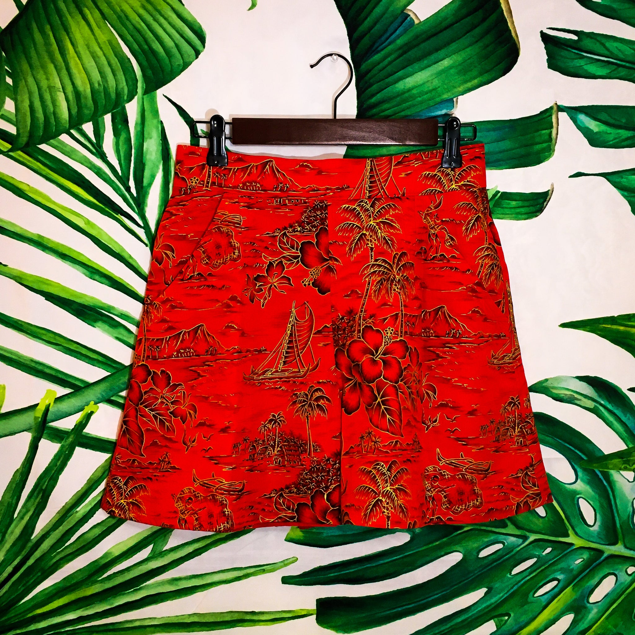 Island Hop Shorts - Crimson - Mochi Collection