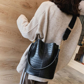 Large Nicely Designed For Comfort Bucket bag