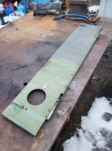 LEFT SIDE COWL PANEL FOR M35A2