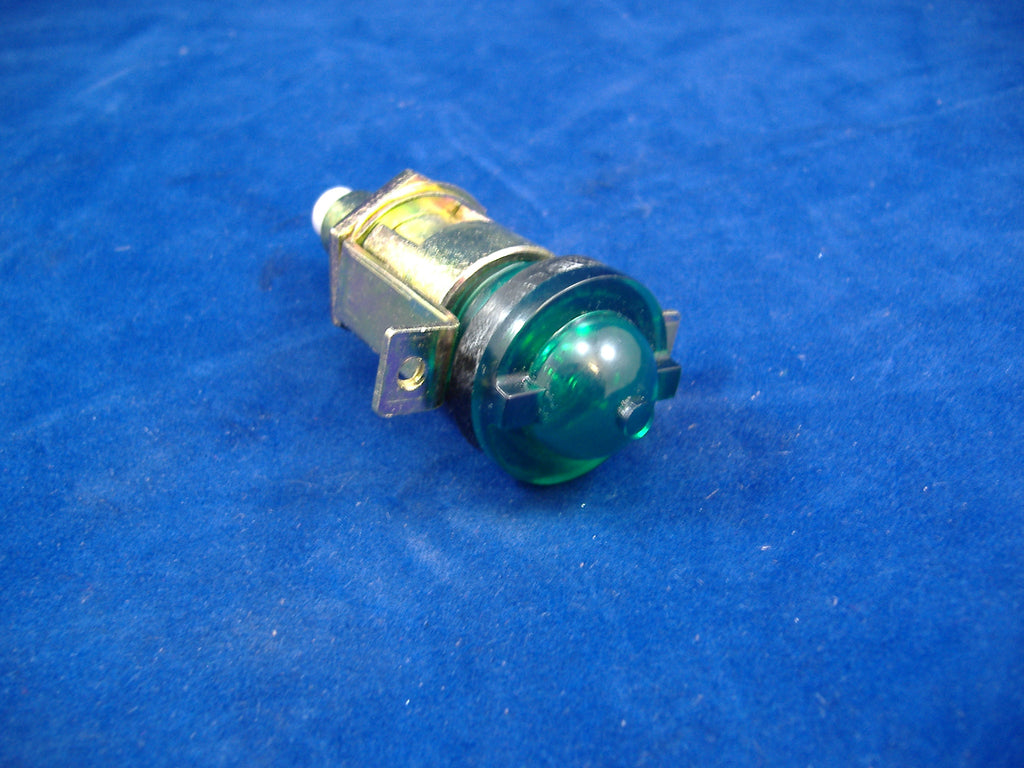 military indicator light, green military indicator light, dash indicator light m35a2, m813 dash indicator light, m939 dash indicator light #8376500. NSN 6210006999458