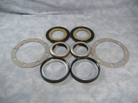 REAR AXLE SEAL KIT FOR M35A2 AND ROCKWELL 2.5 TON AXLES