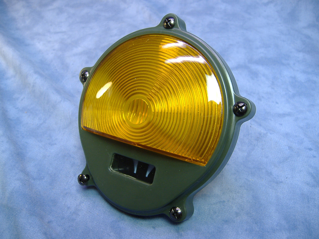 MILITARY COMPOSITE PARKING LIGHT LENS PART NUMBER 11639546 NSN 6220001794325 OTHER NUMBERS INCLUDE 10512657 AND 2AT555 M35A2 M35A3 M809 M818 M54 M939 M932 M923 M813 M816 MILITARY TRUCK ARMY TRUCK