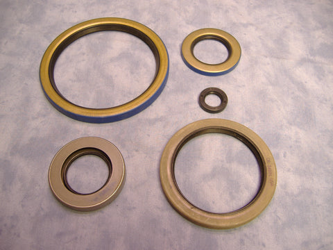WINCH SEAL KIT FOR M35A2 AND M35A3 TRUCKS