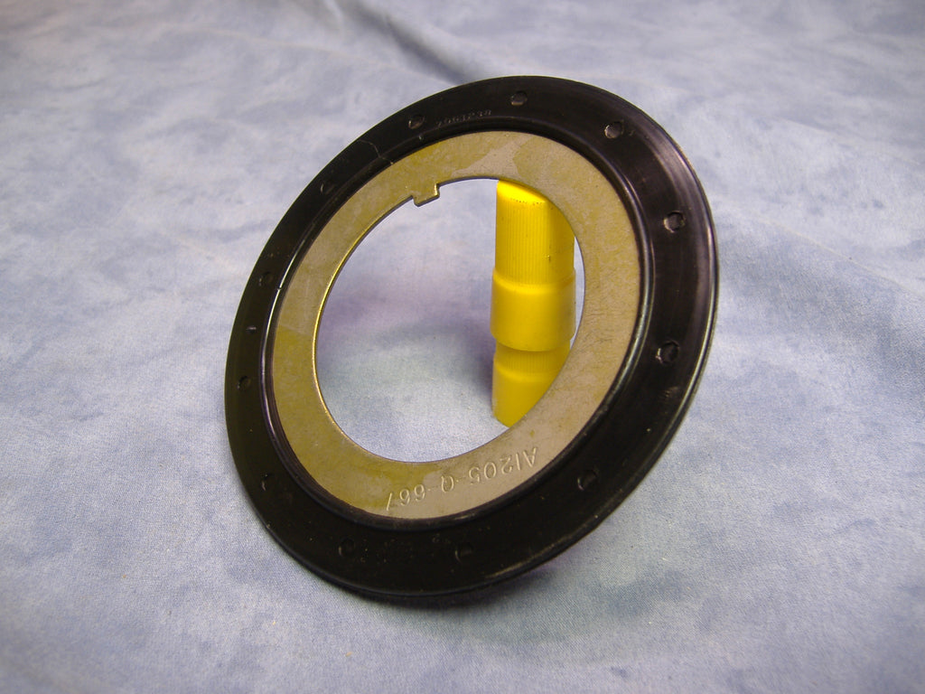 OUTER HUB SEAL, M35A2 HUB SEAL, M35 OUTER WHEEL SEAL 7061238