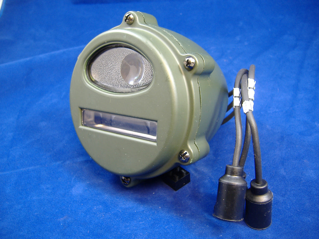 EARLY STYLE MILITARY VEHICLE FRONT PARKING/TURN SIGNAL LIGHT M35A1 M37 M38 7762614 # 7762614, MS53047-1, 8376368