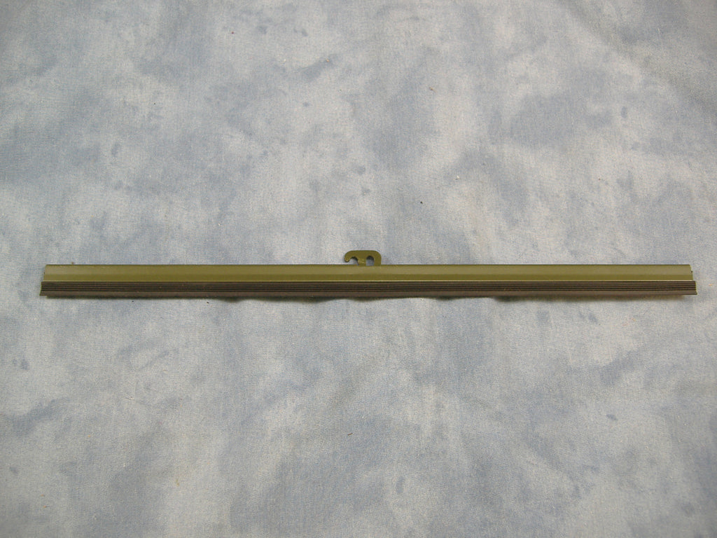MILITARY WINDSHIELD WIPER, M35A2 WINDSHIELD WIPER, M54 WIPER, M813 WINDSHIELD WIPER # MS53048-10, 7001462, NSN 2540002559212 OTHER NUMBERS INCLUDE L778-40ZE, 4210, B209586D, 500814