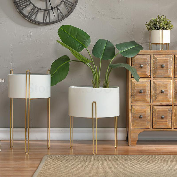 Elevate Plant Stand