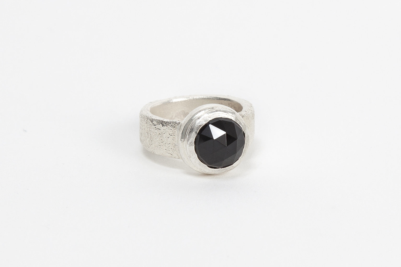 Silver Top Cocktail Ring - Onyx