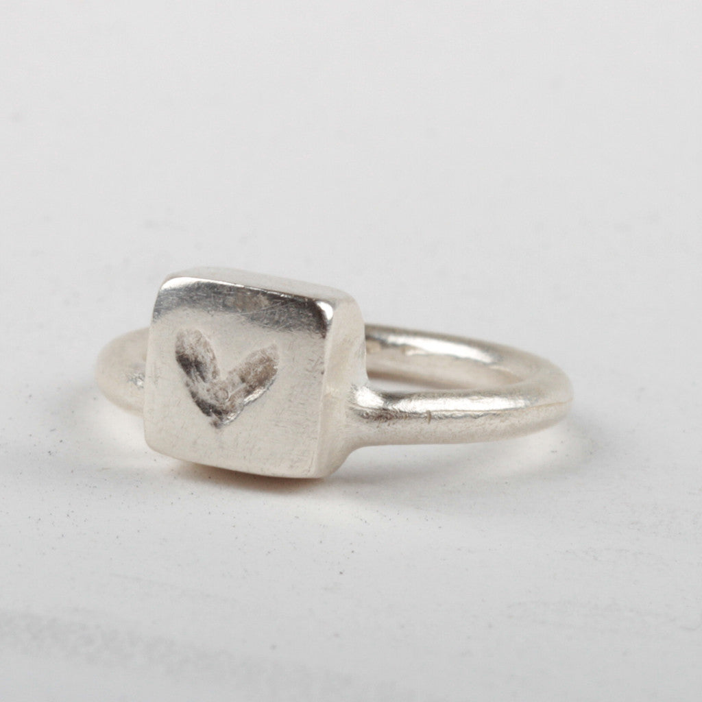 Heart Box Ring - Silver