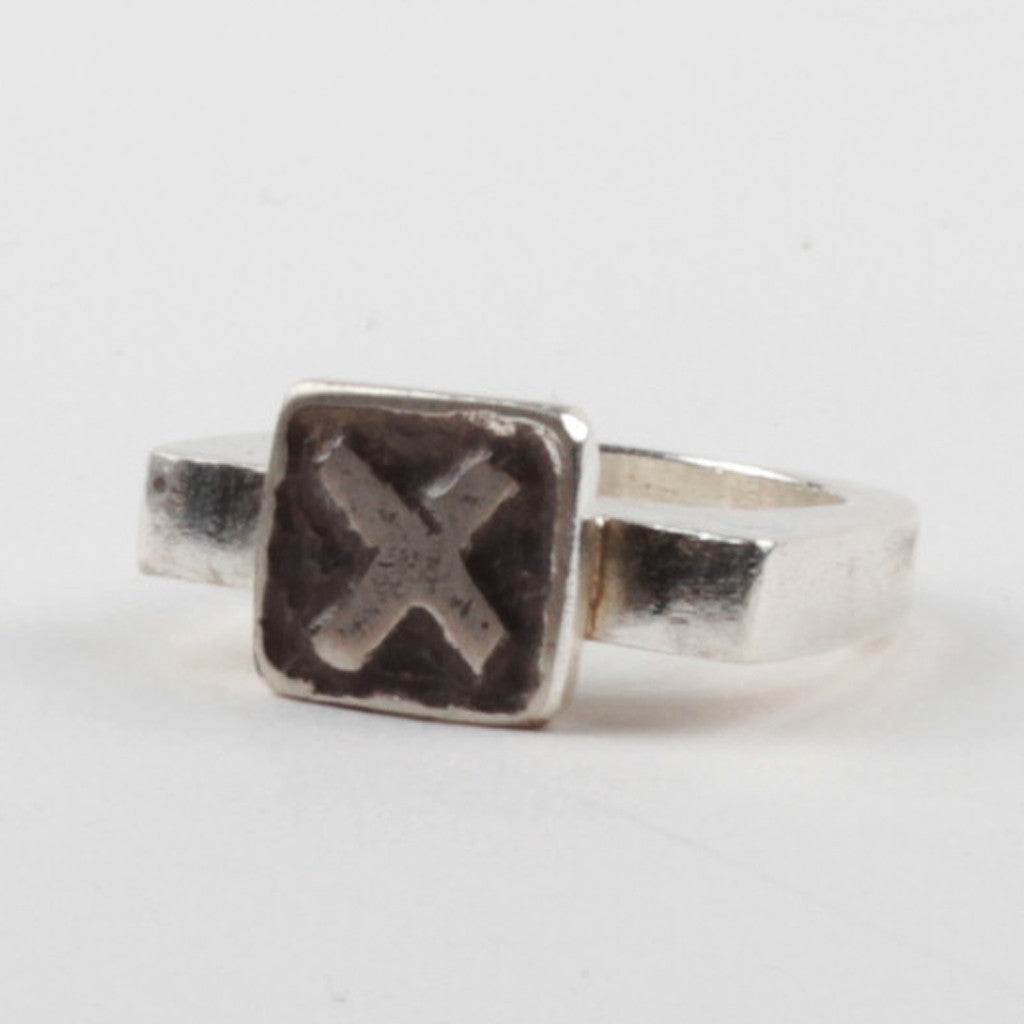 X Tile Ring - Black