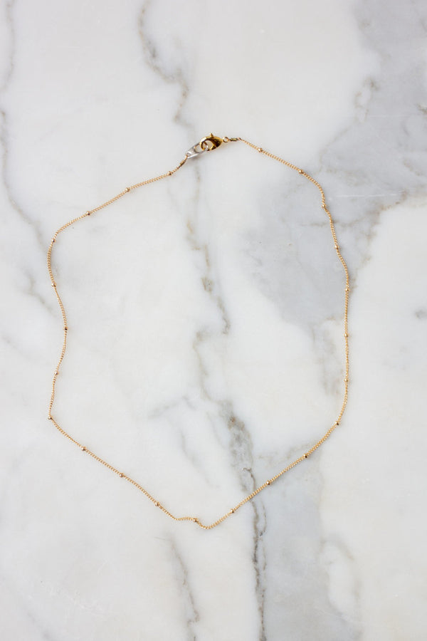Dainty Satellite Chain