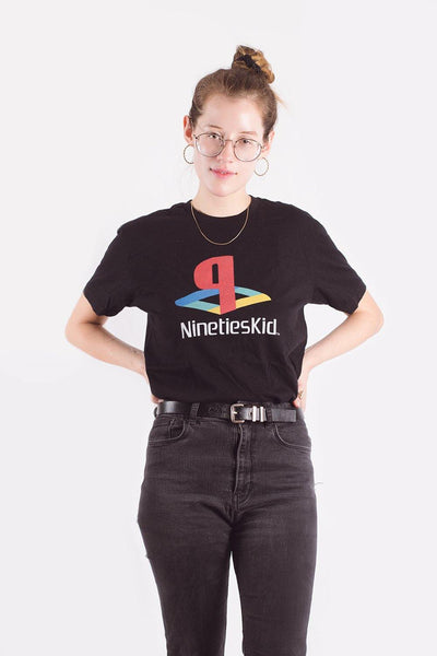 UNISEX PLAYSTATION 90'S KID TEE
