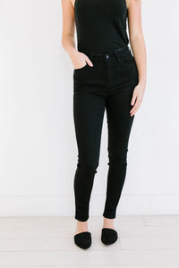 Basic Black Skinny Jeans