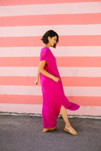 Load image into Gallery viewer, Chillax Summer Maxi In Magenta