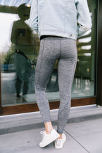 Load image into Gallery viewer, Tadasana Two-Tone Leggings