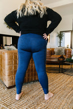 Load image into Gallery viewer, Tadasana Two-Tone Leggings In Navy