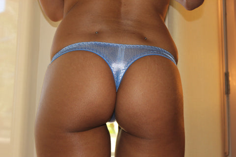 Isis Love - Shiny Blue Thong With Lace And Bows
