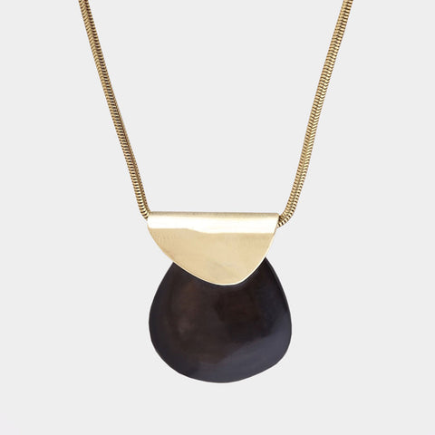 Contrast Sabi Pendant Necklace