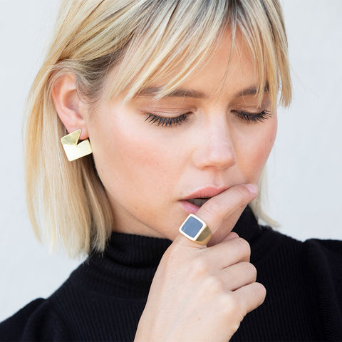 Square Sia Stud Earrings