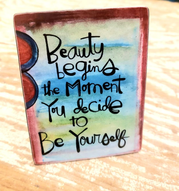 Painted Stuf Metal plaque Be Yourself