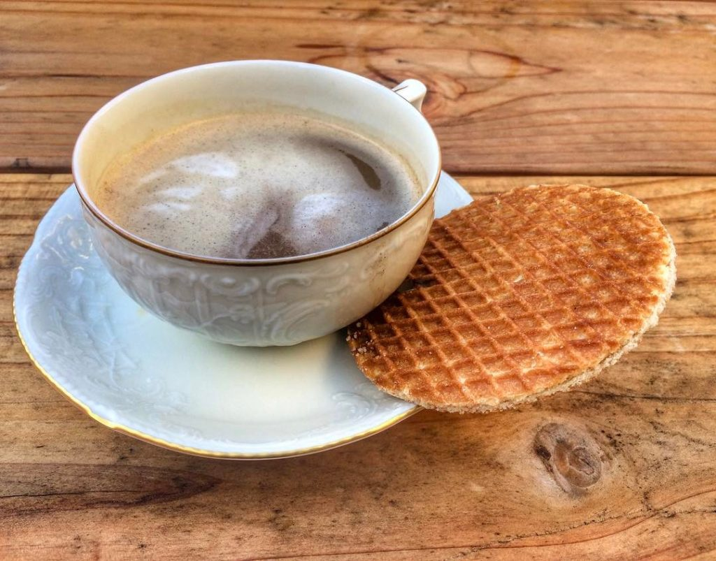 https://cdn.shopify.com/s/files/1/0248/5570/7682/files/Good-Coffee-and-Stroop-1024x803