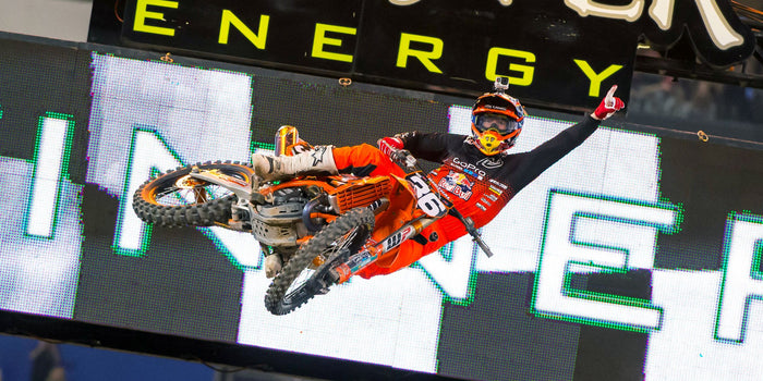 SX Race Report Toronto, Hill wins!