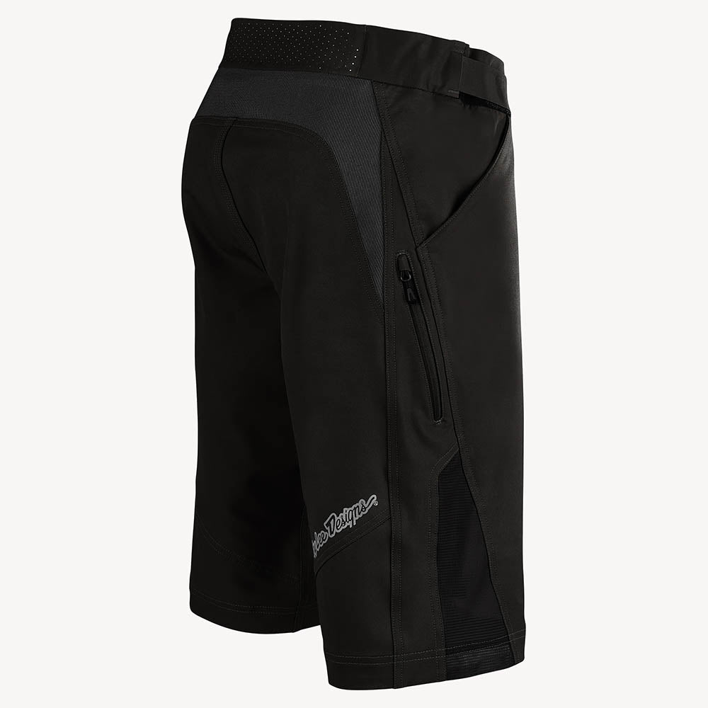 RUCKUS SHORT SHELL SOLID BLACK