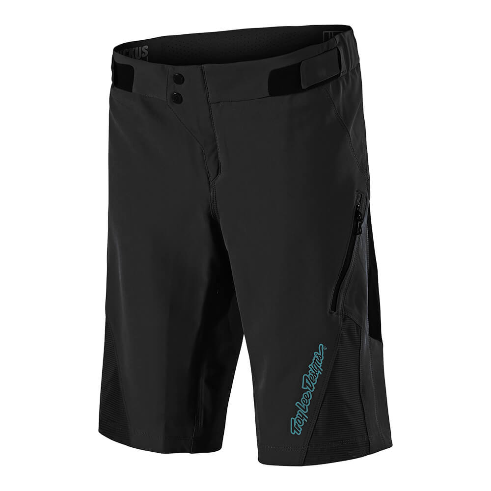WOMENS RUCKUS SHORT SHELL SOLID BLACK