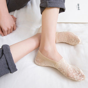 Fashion summer ladies socks, short lace stockings with flowers