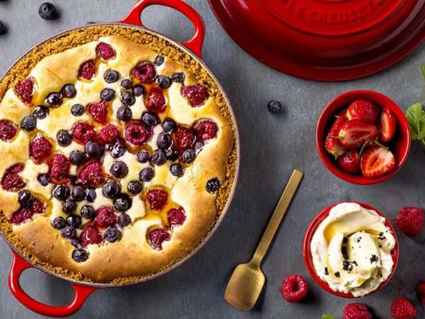 Le Creuset: Berry & White Chocolate Cheesecake