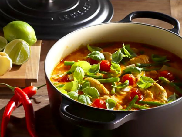 Le Creuset: Thai Red Chicken Curry with Green Beans, Cherry Tomatoes and Basil