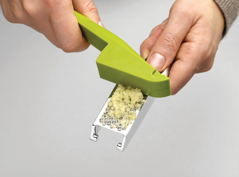 Joseph Joseph 'Easy Press' Garlic Crusher – Green