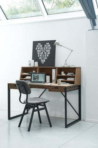 Fendy writing desk