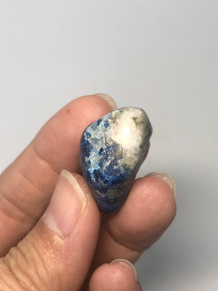 Shattuckite with Calcite Tumbled Stones 18g