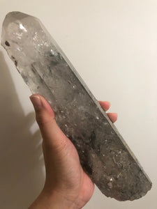 Tibetan Quartz Point with Enhydro 2042g