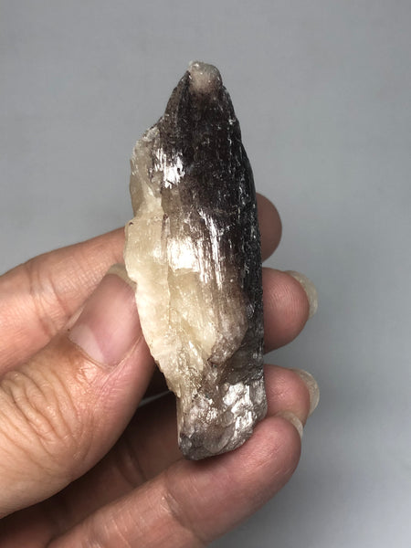 Stilbite with Hematite Raw Crystals 33g