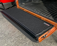 Load image into Gallery viewer, Nissan Navara NP300 2016-Current-Full Tailgate Protector