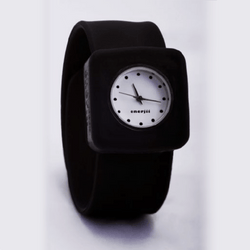 Snap on Watch (Black)