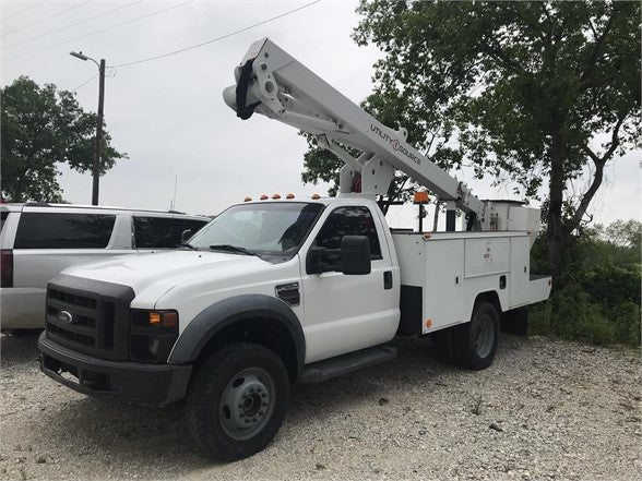 2009 FORD F550 XL SD